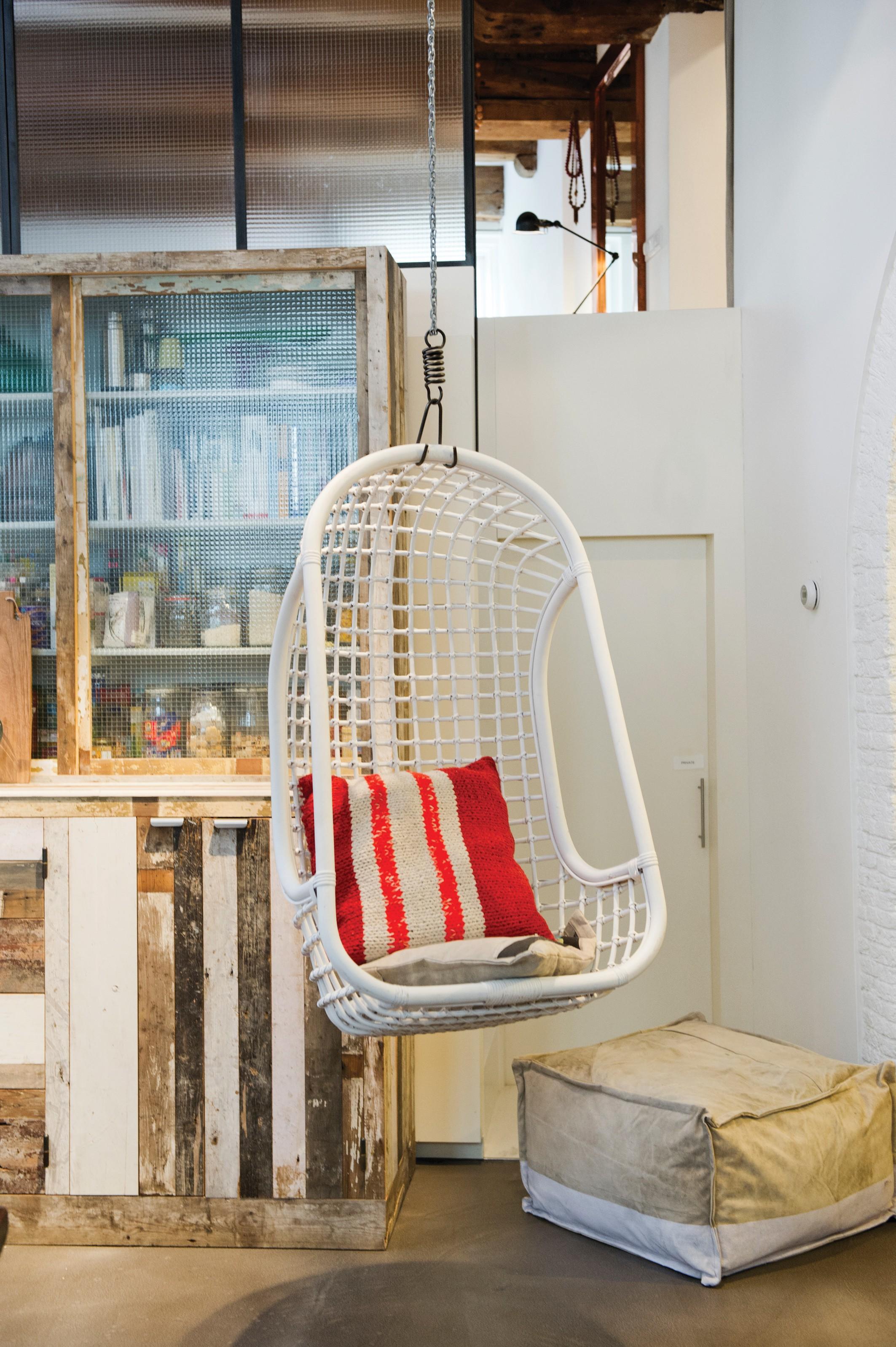 h ngesessel rattan wei. Black Bedroom Furniture Sets. Home Design Ideas